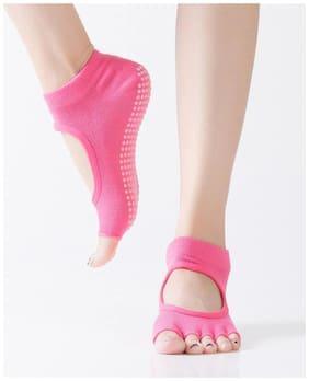 1Pair Women Yoga Backless Five Toe Anti-Slip Ankle Grip Socks (PINK)