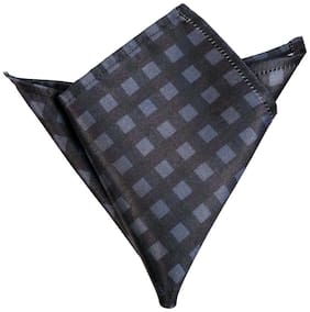 Blacksmithh Grey Black Checks Printed Pocket Square For Men