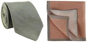 Chokore Dark Grey Silk Tie & Grey and Red Silk Pocket Square set