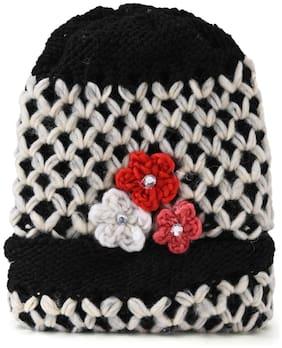 Women Wool Beanie ( Black )