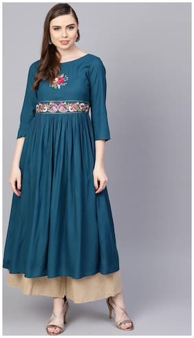 Women Embroidered Fit and Flare Kurta