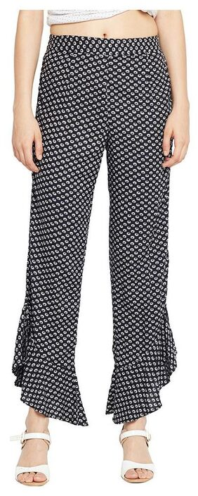 OXOLLOXO Women Regular Fit Mid Rise Printed Pants - Black