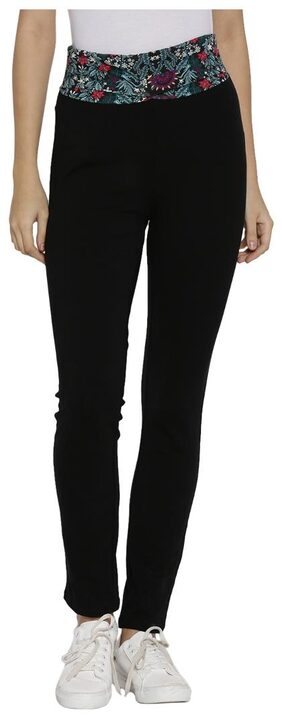 Ajile By Pantaloons Women Regular fit Cotton Solid Track pants - Black