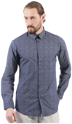 Men Slim Fit Textured Casual Shirt
