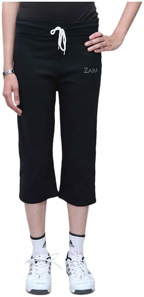 Bfly Women Solid Regular capri - Black