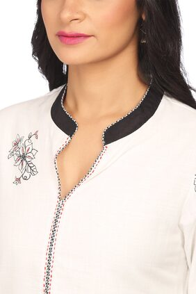 BIBA Women Cotton Printed Straight Kurta - White