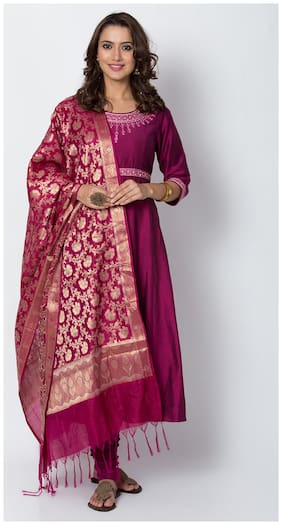 BIBA Women Blended Dyed Kurta With Churidar Wine