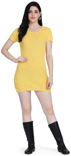 Clothzy Yellow Solid Bodycon dress