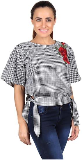 Meer India Garments Women Checked Regular top - Black