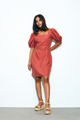 Cover Story Pink Solid Sheath dress