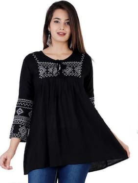 DIVYANSHI FASHIONS Women Embroidered Regular tunic - Black