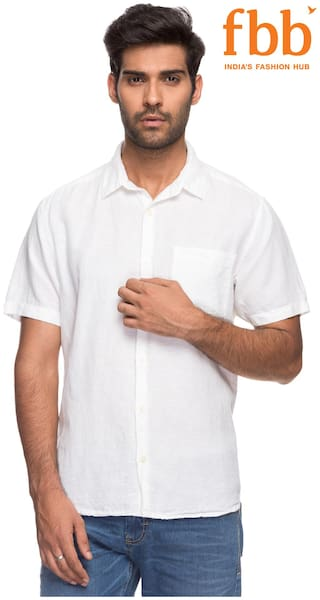 DJ&C Men White Solid Regular Fit Casual Shirt