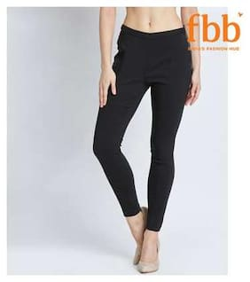 Women Flared Fit Jegging
