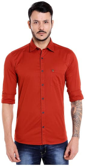 Donear NXG Men Red Solid Slim Fit Casual Shirt