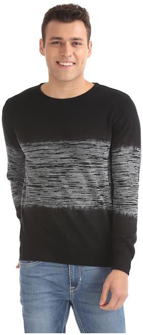 Men Textured Pullover