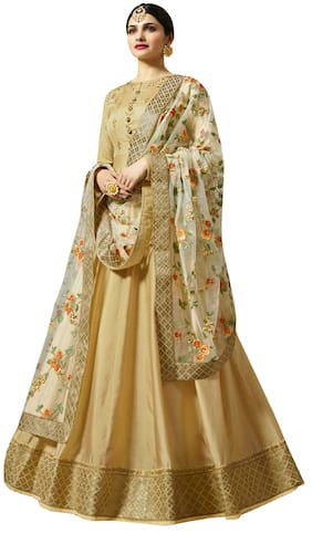 Ethnic Gowns Designer Party Gowns For Women At Upto 70 Off