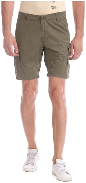 Men Solid Cargo Shorts