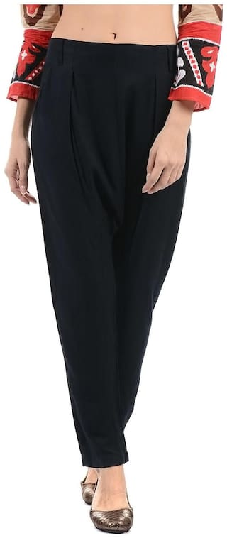 Flying Machine Women Regular fit Solid Regular trousers - Black