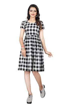 GLOBON IMPEX Women Crepe Checked Black & White A Line Dress