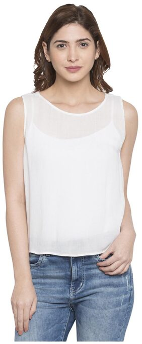 Globus Back Focus Sleeveless Top