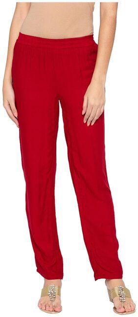 Globus Women Straight Fit Mid Rise Solid Pants - Maroon
