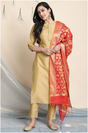 Janasya Women Gold Solid Straight Kurta With Pants And Dupatta
