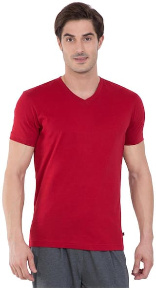 Jockey Men Red Regular fit Cotton Blend V neck T-Shirt - Pack Of 1