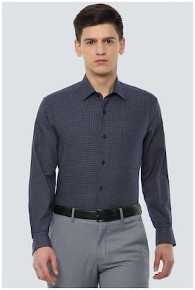 Men Slim Fit Checked Formal Shirt