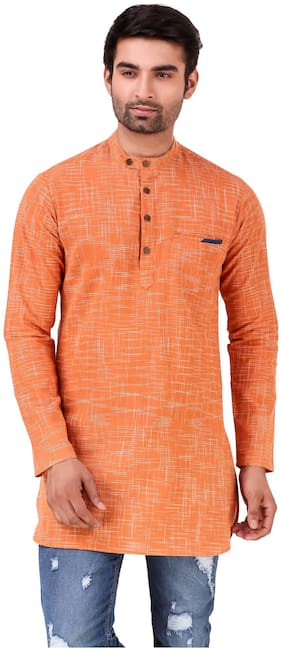 MATRAM Men Medium Cotton Solid Kurta - Orange