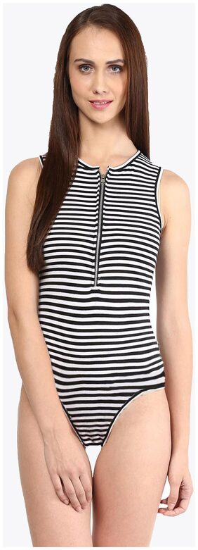 Miss Chase Women's Black and White Round Neck Sleevless Striped Bodysuit
