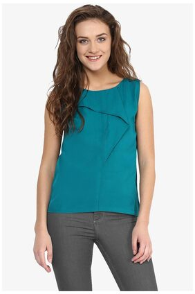 Miss Chase Women's Green Round Neck Sleeveless Solid Panelled Top