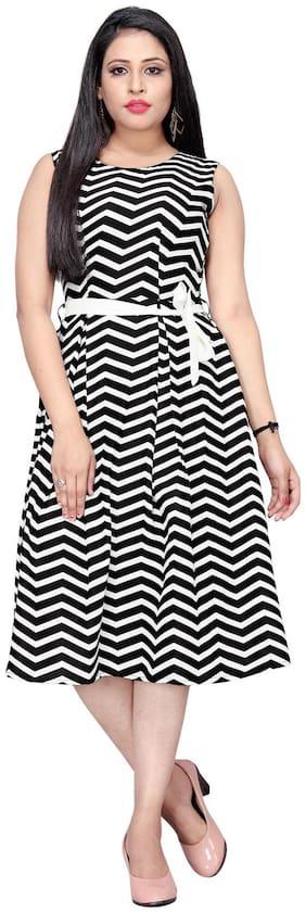 MODELTY White & Black Geometric Fit & flare dress