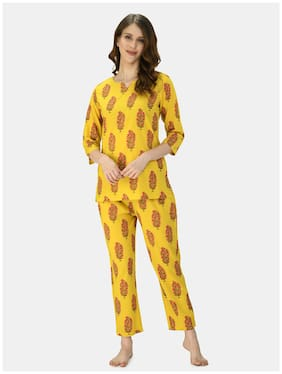 Myshka Women's Mustard Cotton Printed Half Sleeve V Neck Casual Night Suit