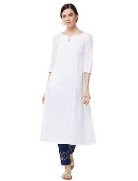 NAARI White 3/4th Sleeves Cambric Fabric Embroidered Kurti For Women