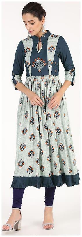 Women Embroidered Anarkali Kurta