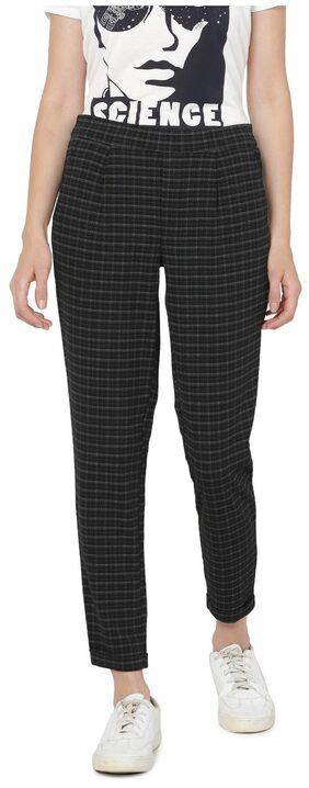 ONLY Women Straight Fit Mid Rise Checked Pants - Black