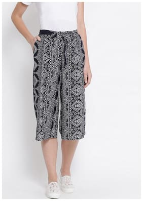 OXOLLOXO Women Regular fit Mid rise Printed Cullotes - Black