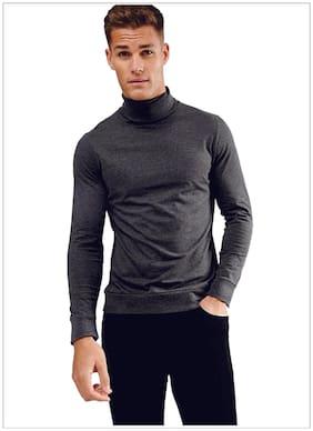 Men High Neck Solid T-Shirt Pack Of 1