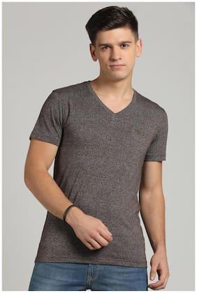 Peter England Men Slim fit V neck Self design T-Shirt - Brown