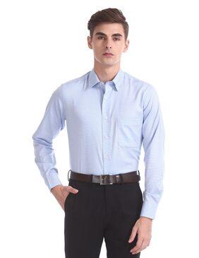 Arrow Men Regular Fit Formal Shirt - Blue