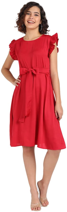 Serein Red Solid Flared dress