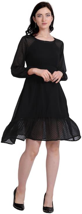 Serein Black Solid Fit & flare dress