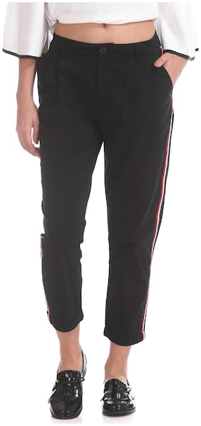 Women Solid Regular Pants
