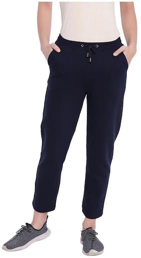 Texco Women Regular Fit Mid Rise Solid Pants - Black