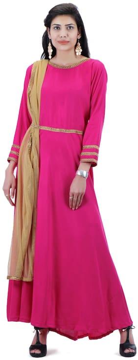 7637f526de2da5 TRASS Rayon Pink Kurti With Net Dupatta   Golden Lace On Sleeves