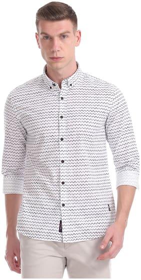 Men Slim Fit Horizontal Stripes Casual Shirt