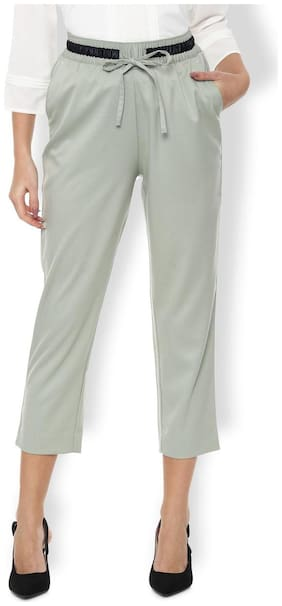 Women Solid Cropped Trousers ,Pack Of 1