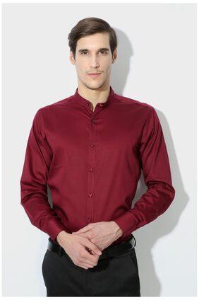 Van Heusen Maroon Cotton Blend Regular Fit Party Shirts