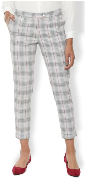 Women Checked Regular Trousers ,Pack Of Pack of 1