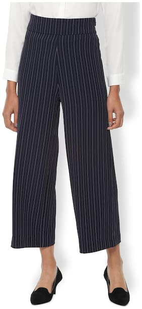 Women Striped Cropped Trousers ,Pack Of Pack of 1